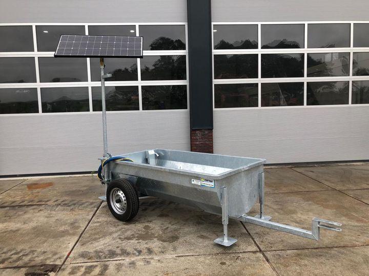 Mobiele Poortman Solar weidedrinkbak op